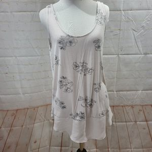 Maurices Black and white floral tank top